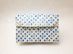 和紙のカードケース 江戸小紋の青色